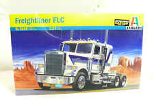 Italeri 3859 Freightliner FLC  Truck USA  LKW Bausatz 1/24 - OVP
