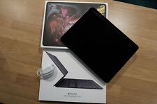 Apple Ipad Pro 3rd gen 12.9 1 TB (WIFI and Cellular) Grey with Smart Keyboard