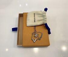 Louis Vuitton Essential V Supple Chain Bracelet LV Logo Palladium M63198