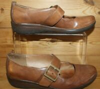 Ladies Shoes UK 5 E Wide Fit Clarks Brown Mary Jane Low Wedges Active Air