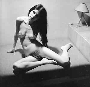Art negative - Nude woman with long hair  5.5 cm x 5.5 cm