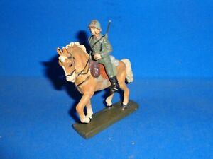 Lineol 7cm Italian Soldier Mounted on Horseback Elastolin