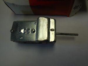 1980 Ford F100 F250 F350 Bronco Headlamp Switch E0TZ-11654-A