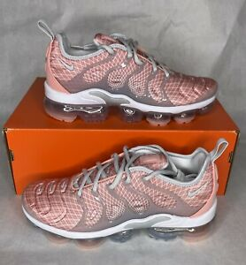 Nike Air VaporMax Plus Bleached Coral Pure Platinum Women's Size 8 AO4550-603