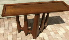 Broyhill Brasilia Sofa (Console) Table - Exclusive to the Brasiliaconnection