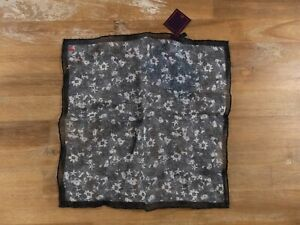 ISAIA Napoli floral motif linen pocket square authentic - NWT