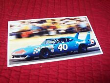 Photo  / Photograph    Pete Hamilton PLYMOUTH Superbird 1970 NASCAR  //