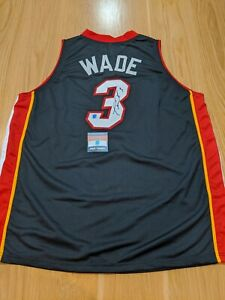 DWAYNE WADE - Miami Heat Signed Jersey with COA