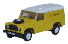 Articoli di modellismo statico bianchi per Land Rover