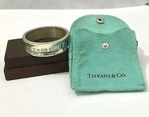 Genuine Tiffany & Co Napkin Ring With Pouch . Fantastic Condition