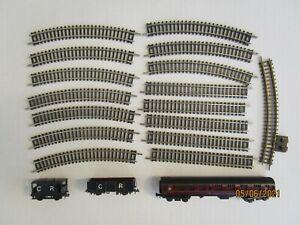 16 N gauge nickel silver tracks 2 Peco Caledonian wagons 1 BR coach good & clean