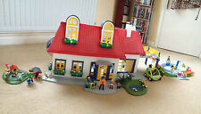 Playmobil 3695 modern house and lots of other sets and accessories job lot