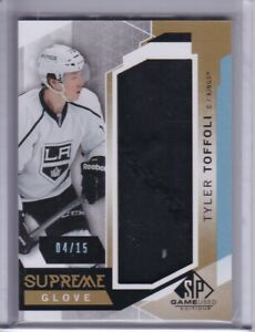 2015-16 TYLER TOFFOLI SP GAME USED SUPREME GLOVE RELIC 04/15