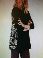 J JILL WEAREVER P XS Black Rayon Knit FLORAL Wrap Around Back TUNIC TOP 3/4 Slv