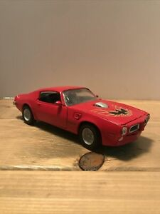 MotorMax 1:24 1973 Pontiac Firebird Trans AM RED American Graffiti RARE COLOR