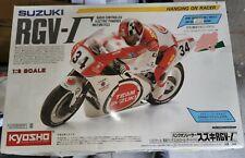 Kyosho Hang On Racer Suzuki 1/8 RC Bike partially built