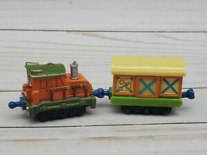 Chuggington Die-Cast Calley with Box Car Learning Curve