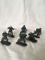 BRITAINS 2006 WWII Hand Painted Metal Toy Soldiers X 6 Collectable