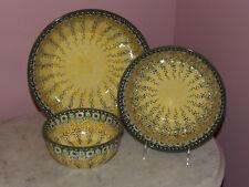 Polish Pottery UNIKAT Set of 3 Serving/Mixing Bowls!  Miss Daisy Pattern!