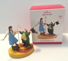 NEW 2015 HALLMARK THE WIZARD OF OZ ORNAMENT DING DONG THE WITCH IS DEAD MAGIC