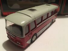 1/76 EFE 12106 – Harrington Cavalier Coach