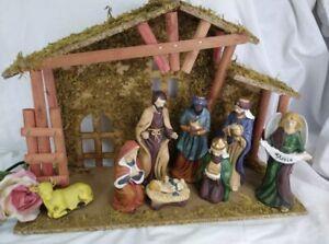 Vintage Nativity Set Christmas Manger Creche 9 Ceramic pieces - COLORFUL!  NICE!