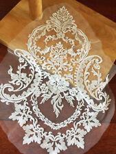 blanco crudo BODA Listón de encaje bordado Motivo Floral Aplique 1 pieza