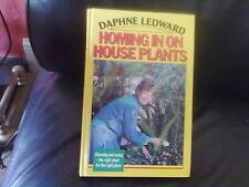 Homing in on House Plants-Daphne Ledward Hardback English Robson Books 1989