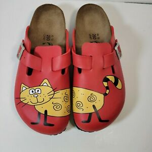 Birki's by Birkenstock Ladies sandal clogs red with Cat print size 9 Eu 40 L9 M7