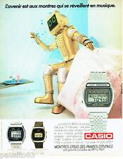 PUBLICITE ADVERTISING  016  1981  Casio  montre chrono-réveil robot