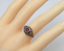 Anelli di lusso rosa in argento sterling con rubino