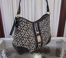Tommy Hilfiger Signature Hobo Purse Handbag Bag Black Beige NWT