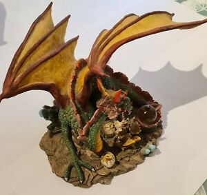Large Collectable Dragon by Shudehill giftware. Immaculate Condition