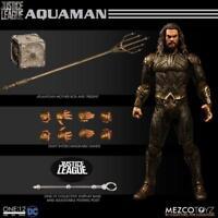 DC Mezco Justice League Aquaman One:12 Scale Action Figure