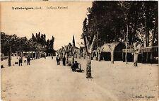 CPA  Vallabrégues(Gard) - Le Cours National   (299711)