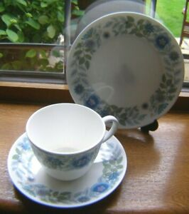 WEDGWOOD CLEMENTINE ENGLISH FINE BONE CHINA TRIO CUP SAUCER & PLATE VERY GOOD.