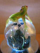 Dynasty Gallery Heirloom Studio Art Glass paperweight Frog with tadpoles