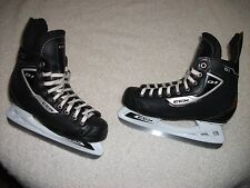 CCM 01 ICE HOCKEY SKATES NICE CONDITION MENS SIZE 6 GREAT BUY, HARDLY USED,NICE