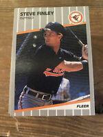 (100) Steve Finley 1989 Fleer Rookie Card #U-3 NM-MT+ Set Breakers $$$