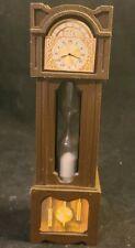 Vintage Dollhouse Miniatures Hard Plastic Hour Glass Grandfather Clock *k112