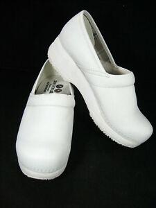 Skechers Womens Leather Work Tone Ups Nurse CLOGS Slip Resistant White Sz 11  *2