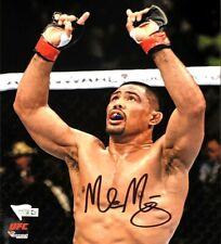 MARK MUNOZ HAND SIGNED AUTOGRAPHED 8X10 UFC MMA PHOTO WITH FANATICS COA 1