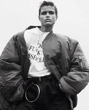 VETEMENTS $950 Demna Gvasalia auth oversized football shoulder pad t-shirt M NEW