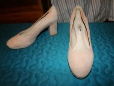 CLARKS NARRATIVE PINK HEELED COURT SHOES SIZE 4 VGC
