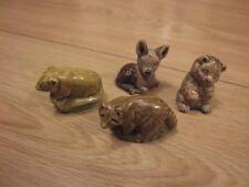 4 Miniaturas De Porcelana Wade whimsie inglés – Fawn, Gatito, mapache y ratón