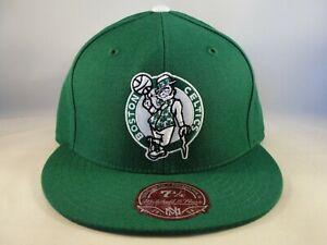 Boston Celtics NBA Mitchell & Ness Fitted Hat Cap Size 7 1/4 Green