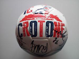 Crotone pallone autografato Zenga, Cordaz Trotta Budimir e altri giocatori