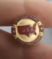 Vintage USA International SHOOTING TEAM pin button pinback *EE99