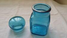 Bocal en verre bleu hermétique 7,5 x 7,5 cm par 16 cm de haut