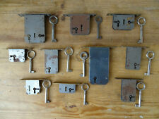 V3176 ~ 10 Locks for Cabinets and Commodes~Castle~Einschubschlösser